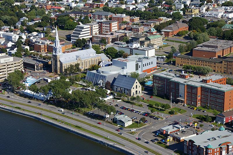 Vue aérienne du centre-ville de Rimouski